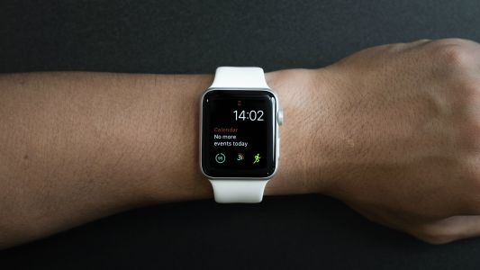 Apple Watch sale at Walmart: the Apple Watch 4 gets a $100 price cut