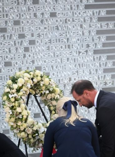 Norway's Royal Family remember those lost on 10th anniversary of terrorist attacks