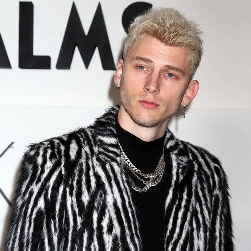 Machine Gun Kelly mourns father's death