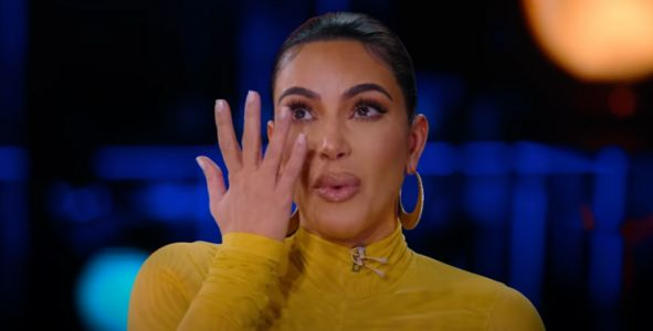 Kim Kardashian feared sister Kourtney would 'find her dead' during Paris armed robbery in 2016