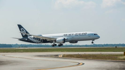 Air New Zealand cancels 100 Christmas flights because of Rolls-Royce engine problems