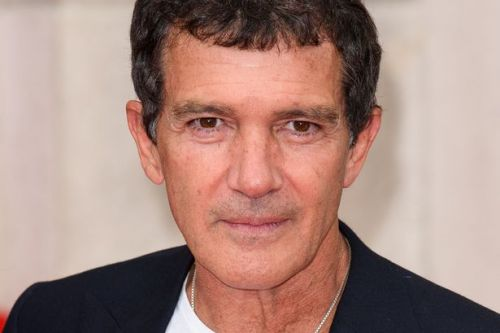 Mask of Zorro actor Antonio Banderas tests positive for coronavirus