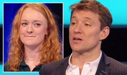 'What was that?!' Ben Shephard in outburst as he blasts Tipping Point player's risky move