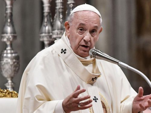Pope Francis says put down your phones and turn off the TV this lent