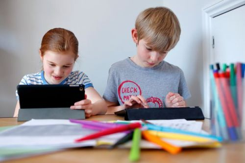 Grandparents can get £260 a year for looking after the kids by phone or video