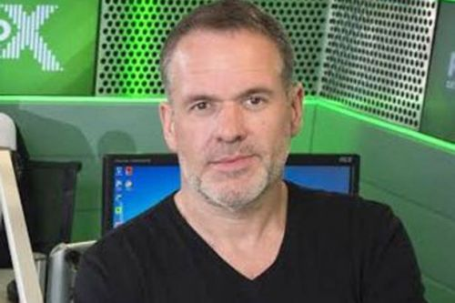 Chris Moyles urges listeners to seek mental health help after death of fan