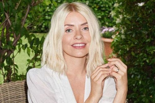Holly Willoughby revamps lifestyle site after one month 'in keeping with moon's cycle'