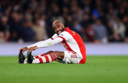 Mikel Arteta provide Alexandre Lacazette injury update after Arsenal star is forced off in Aston Villa win