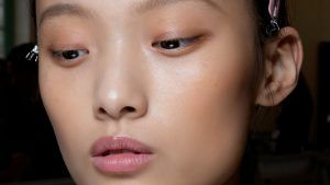 Best Highlighter 2020 - Liquid, Powder and Cream For Every Skin Tone