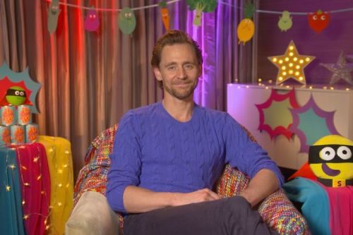 Tom Hiddleston to delight mums as he reads CBeebies bedtime story