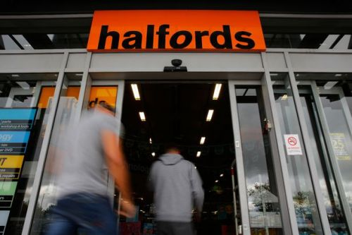 Halfords is giving away free £10 voucher to shoppers who spend £50 or more