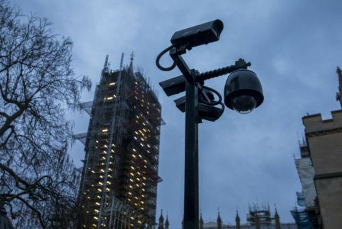London to deploy live facial recognition to find wanted faces in crowd