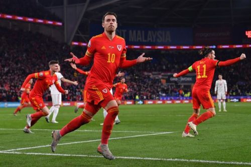 Aaron Ramsey sends Wales to Euro 2020 Finals as Juventus star's double downs Hungary
