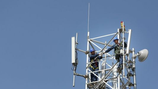 5G and coronavirus: scientists say rumours are 'complete and utter rubbish'
