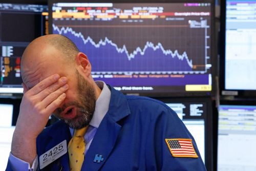 'An overextended market losing its engines': A notorious bear says tons of red flags are piling up around stocks - and doubles down on his call for a 65% plunge
