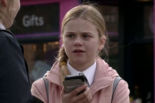 Corrie recasts Summer Spellman as teen returns - as original actress quits