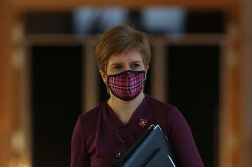 Lockdown travel restrictions in Scotland as Scots warned to follow guidance