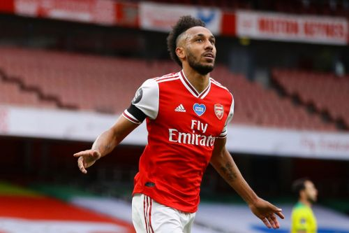 Arsenal fans convinced Pierre-Emerick Aubameyang is staying after hint on Instagram