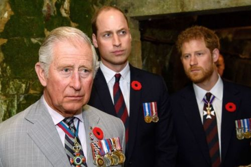 Charles wants William to 'take lead' in healing Harry rift, royal expert says