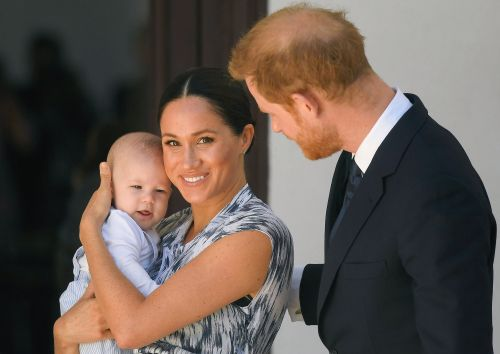 When is Prince Harry going to Canada to be with Meghan and Archie?