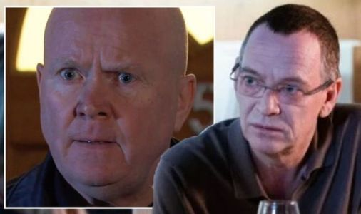 EastEnders spoilers: Ian Beale's exit confuses fans after glaring Phil 'plot hole'