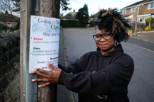 Mum who offered Christmas dinner to lonely people threatened with fine for 'fly posting'
