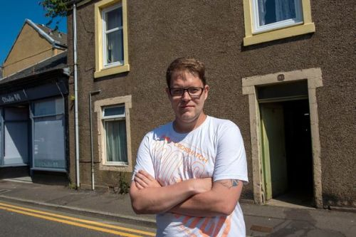 Thousands of Scots families face homelessness as Covid eviction ban ends