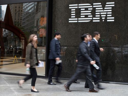 IBM is on the hunt for a massive Manhattan space, showing that worries about the death of the big-city office may be overblown