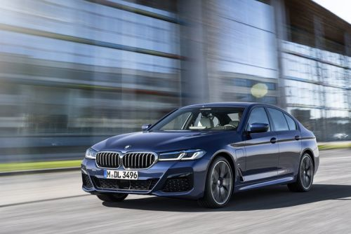 Huge BMW Operating System 7 update will deliver digital key, cloud mapping, wireless Android Auto and more