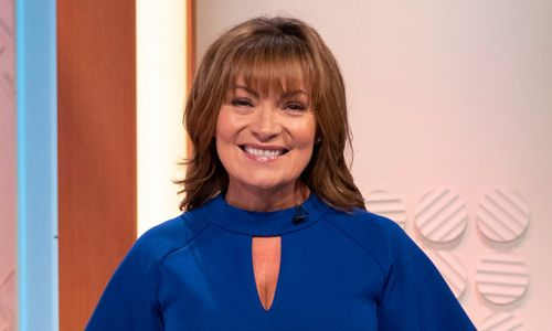 Lorraine Kelly just wore the blue leopard print dress you didn't know you needed