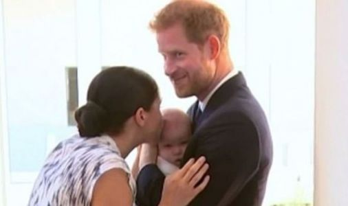 Meghan Markle and Prince Harry caught in intimate moment with baby Archie - VIDEO