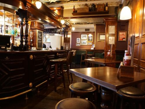 Number of small pubs and bars on the increase for first time in 15 years
