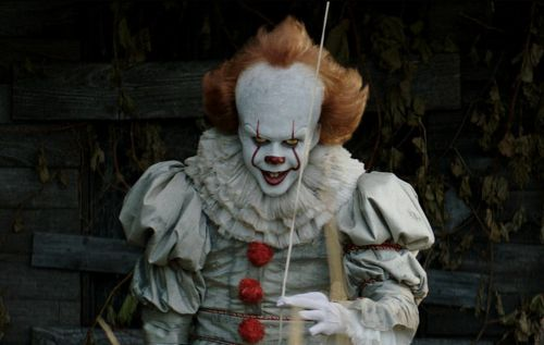 """""""Demon dog"""" goes viral after Pennywise clown comparisons"""