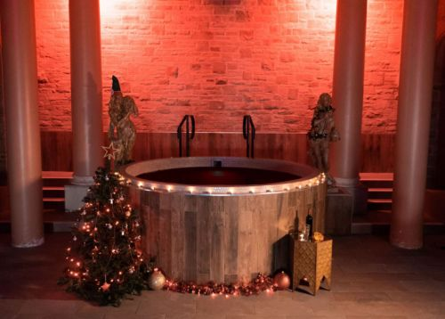 You can now book a mulled wine themed spa day complete with a mulled wine hot tub