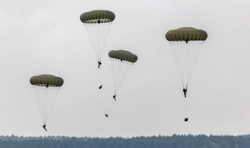 Russia threat: 2000 US and UK soldiers in largest air assault on Baltic states for decades