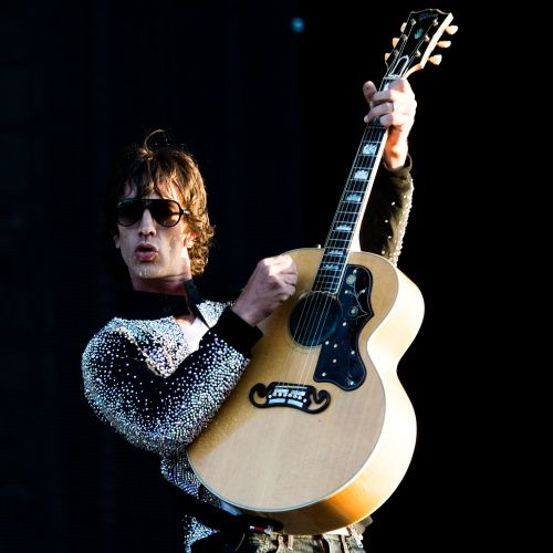 Richard Ashcroft releases new video for 'Thats When I Feel It'