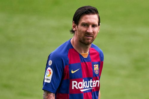 Lionel Messi freezes Barcelona contract talks and prepares to leave Camp Nou in 2021
