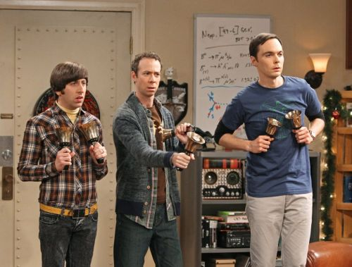 How many episodes are left in The Big Bang Theory and when is the finale?
