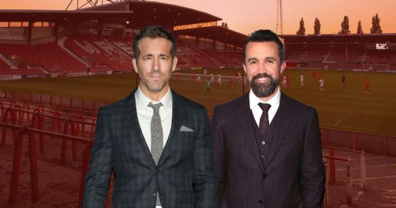 Ryan Reynolds and Rob McElhenney in talks to purchase Wrexham AFC