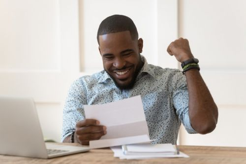 Study finds the minimum salary Brits need to earn each year to be happy