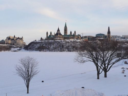 The Budget Traveller's guide to visiting Ottawa in Winter