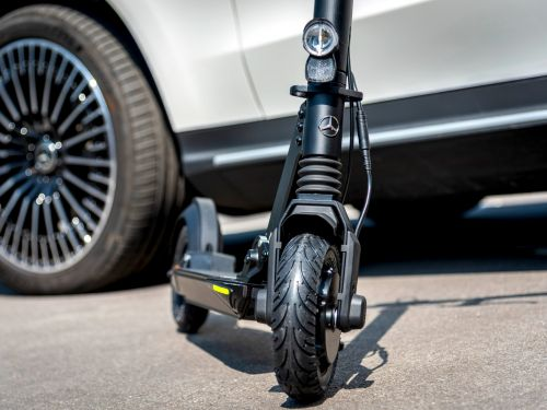 Mercedes-Benz will join the electric scooter wars with its own model in 2020