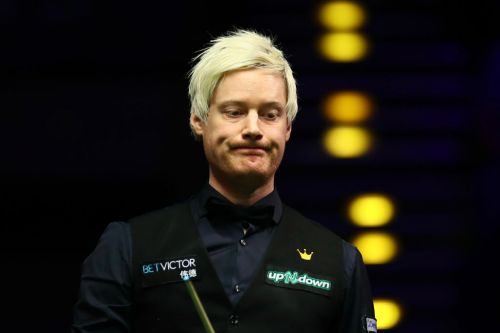Neil Robertson joins Judd Trump in blasting icy UK Championship conditions