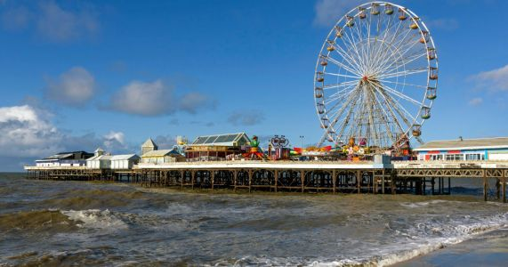 Teenage girl not seen 'since walking into sea' as blood found on pier