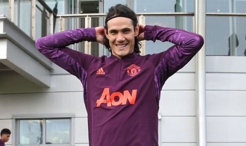 Edinson Cavani does not travel with Man Utd squad for PSG clash with debut in question