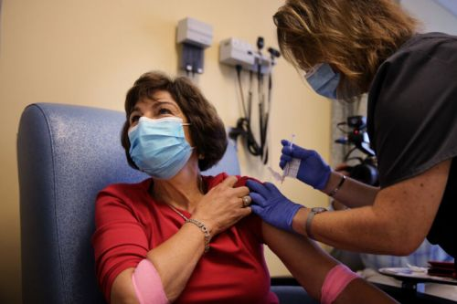 Trial to deliberately infect people with coronavirus draws mixed reaction