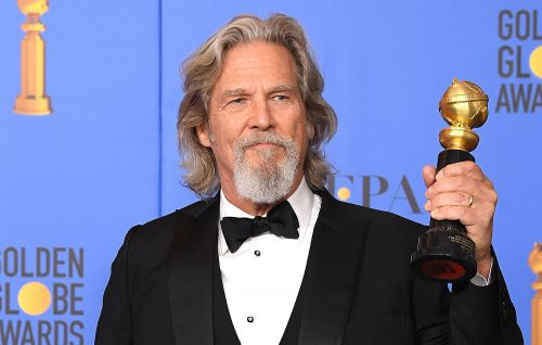 "Jeff Bridges thanks fans for ""well wishes and love"" after lymphoma diagnosis"