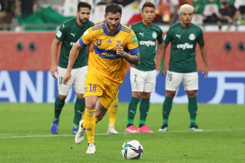 Liga MX's Tigres agree on a two-year contract extension with striker starlet