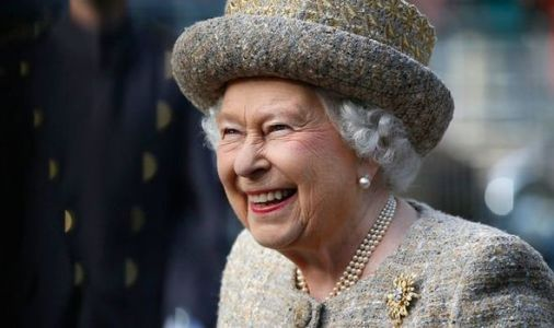 Queen seeking social media guru to promote Royal Family to younger generations