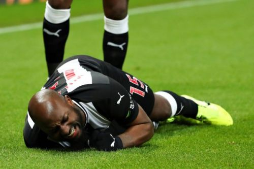 Steve Bruce confirms Newcastle's Jetro Willems will miss remainder of season